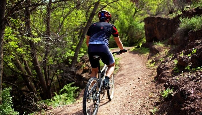 what gear to use when going uphill on a bike